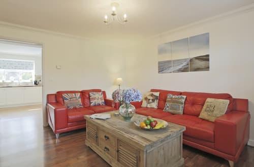 Last Minute Cottages - Wonderful Westleton Cottage S98425