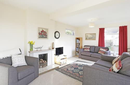Last Minute Cottages - Splendid Reydon Cottage S45009