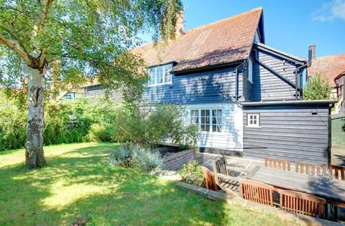 Last Minute Cottages - Charming Thorpeness Cottage S46238