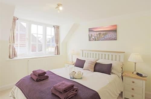 Last Minute Cottages - Captivating Southwold Rental S10275