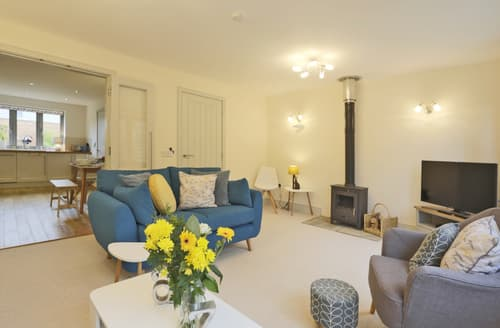 Last Minute Cottages - Captivating Snape Cottage S90360