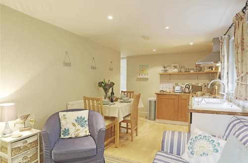Last Minute Cottages - Wonderful Middleton Rental S10126