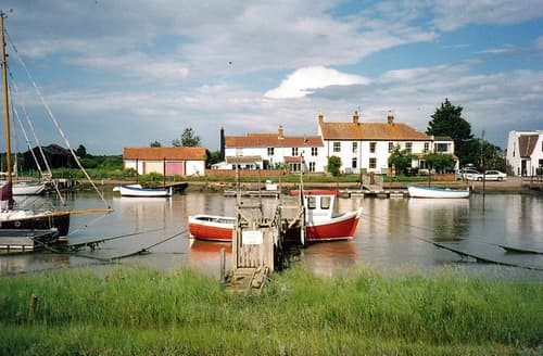 Last Minute Cottages - Lovely Southwold Rental S10004
