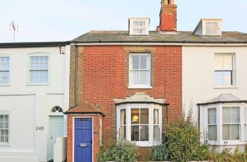 Last Minute Cottages - Beautiful Aldeburgh Rental S10158