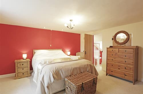 Last Minute Cottages - Tasteful Blaxhall Cottage S49704