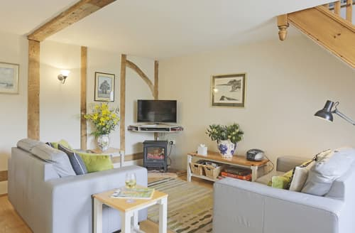 Last Minute Cottages - Inviting Rumburgh Cottage S81300