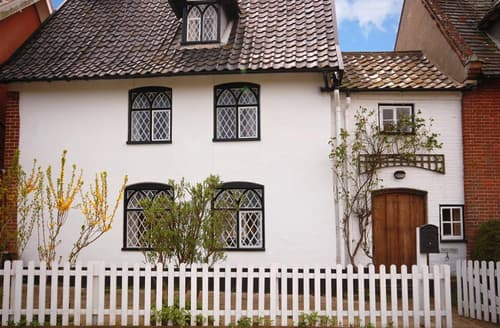 Last Minute Cottages - Exquisite Saxmundham Rental S10051