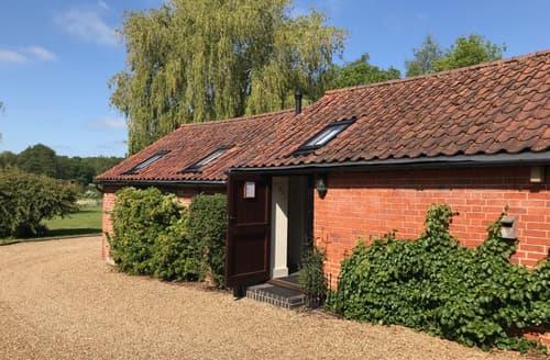 Last Minute Cottages - Attractive Woodbridge Rental S10144