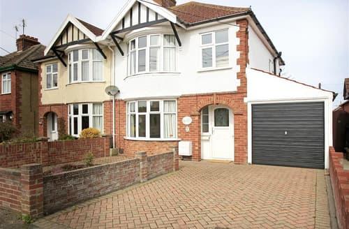 Last Minute Cottages - Lovely Southwold Rental S10225