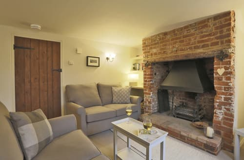 Last Minute Cottages - Exquisite Friston Cottage S92463