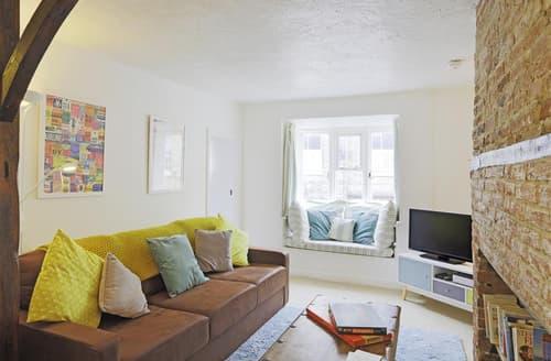 Last Minute Cottages - Superb Southwold Apartment S93851