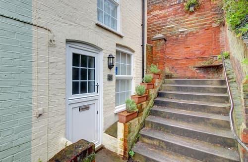 Last Minute Cottages - Inviting Aldeburgh Rental S10209