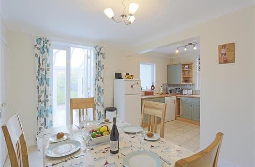 Last Minute Cottages - Quaint Southwold Rental S10130