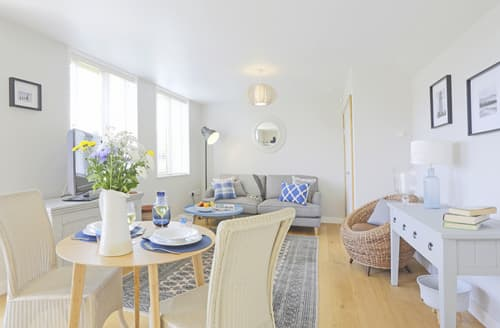 Last Minute Cottages - Cosy Southwold Apartment S80161