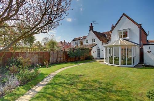 Last Minute Cottages - Stunning Aldeburgh Rental S10187