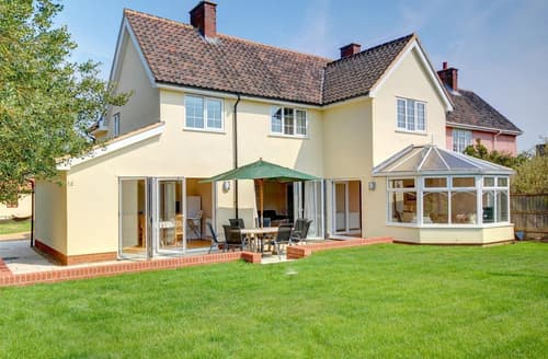Last Minute Cottages - Gleve House