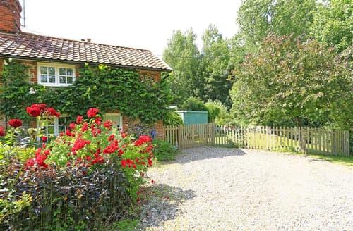 Last Minute Cottages - Beautiful Hacheston Rental S10181