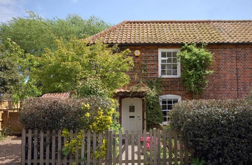 Last Minute Cottages - Charming Southwold Rental S10045