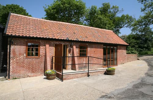 Last Minute Cottages - Stable Cottage, Sternfield