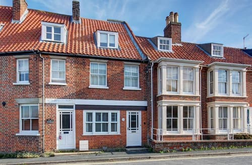 Last Minute Cottages - Quaint Southwold Rental S10155