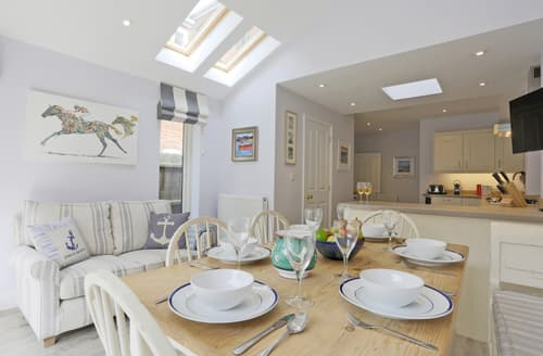 Last Minute Cottages - Cosy Aldeburgh Cottage S34827