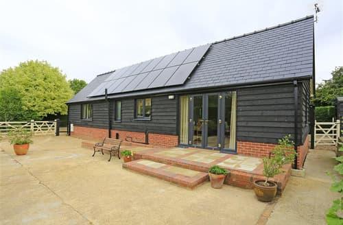 Last Minute Cottages - Quaint Tostock Cottage S37845
