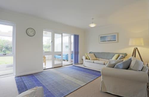 Last Minute Cottages - Lovely Reydon Cottage S77439