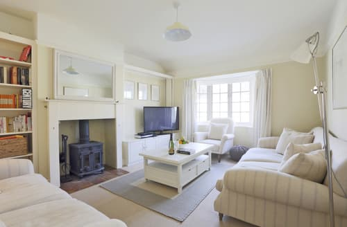 Last Minute Cottages - Adorable Walberswick Cottage S97455