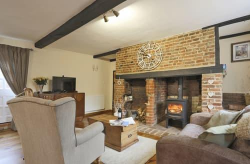 Last Minute Cottages - Laburnum Cottage
