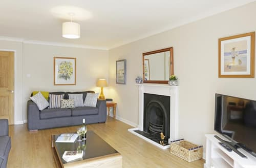 Last Minute Cottages - Attractive Reydon Cottage S45420