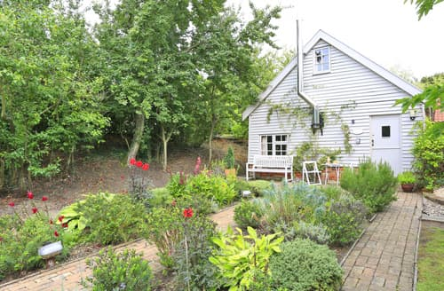 Last Minute Cottages - Stunning  Cottage S37477