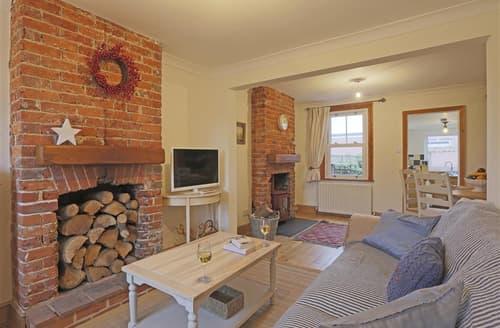 Last Minute Cottages - Stunning Reydon Cottage S74039