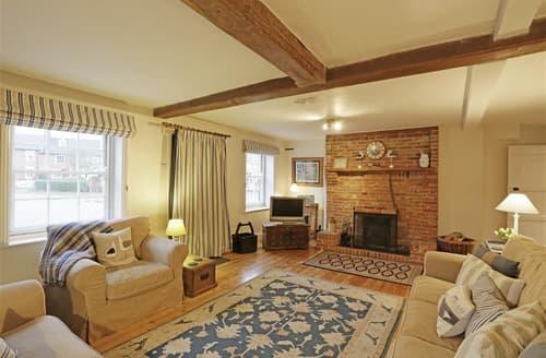 Last Minute Cottages - Delightful Southwold Rental S10235