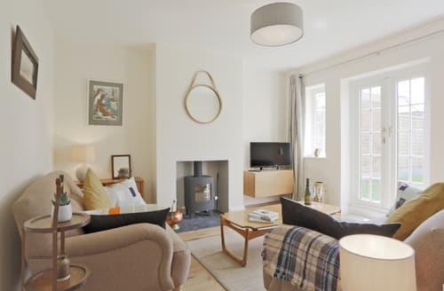 Last Minute Cottages - Attractive Southwold Cottage S96383