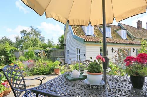 Last Minute Cottages - Gorgeous Debenham Rental S25167