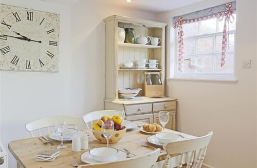 Last Minute Cottages - Gorgeous Southwold Cottage S73181