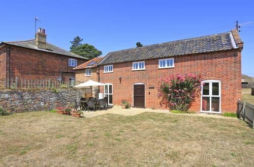 Last Minute Cottages - Beautiful Snape Cottage S93783