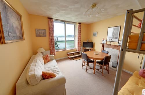 Last Minute Cottages - Adorable Swanage Apartment S11514