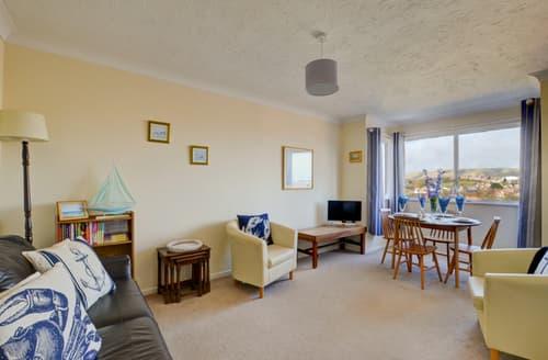 Last Minute Cottages - Flat 15, Sandringham Court