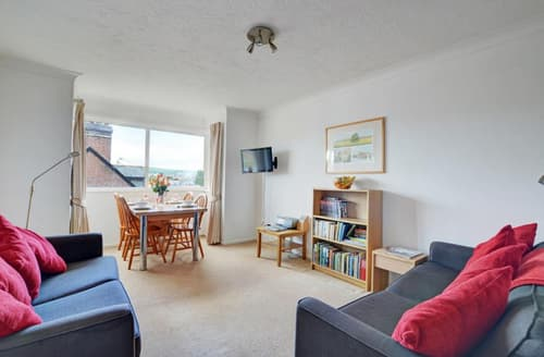Last Minute Cottages - Beautiful Swanage Apartment S37262