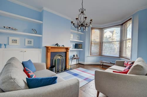 Last Minute Cottages - Tasteful Swanage Apartment S33788