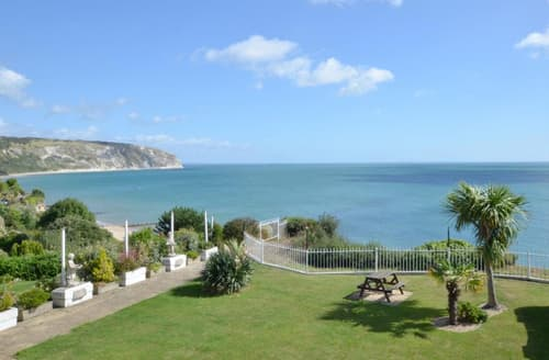 Last Minute Cottages - Attractive Swanage Apartment S70403