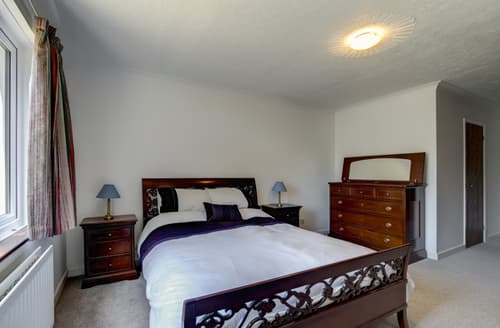Last Minute Cottages - Luxury Swanage Apartment S104428