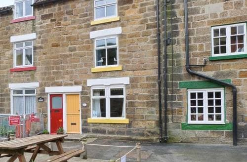 Last Minute Cottages - Cosy Saltburn By The Sea Cottage S3027