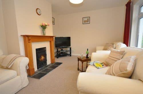Last Minute Cottages - Delightful Holsworthy Bungalow S7707
