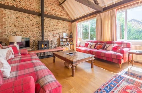 Last Minute Cottages - Excellent Bircham Barn S114502