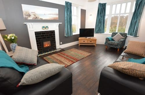 Last Minute Cottages - Excellent Fairbourne House S45635