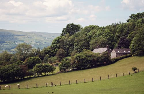 Last Minute Cottages - Gorgeous Crickhowell Barn S45949