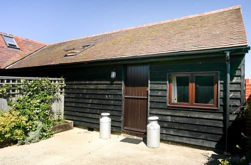 Last Minute Cottages - Delightful Abingdon Barn S77371
