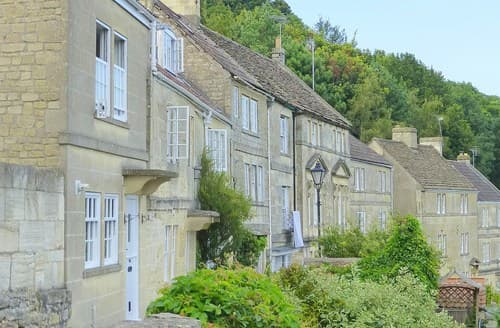 Last Minute Cottages - Excellent Bradford On Avon House S74503